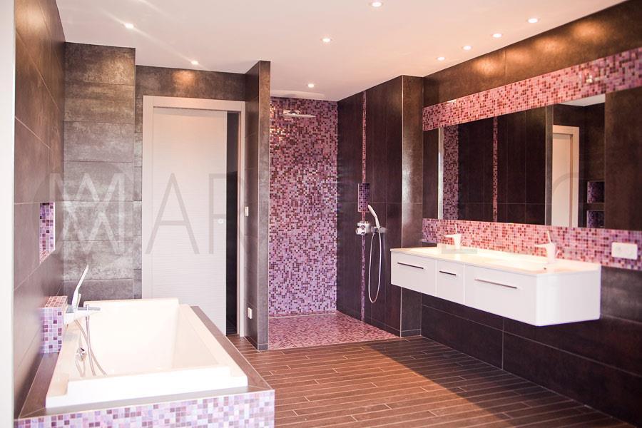Salle de bain marron et rose M Art  Deco photo n35
