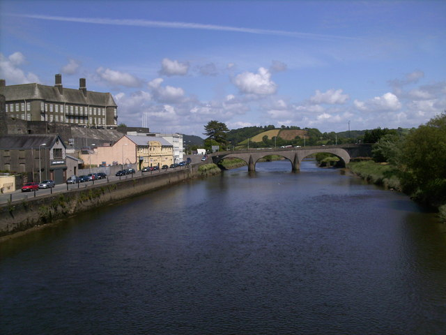 River Towy Carmarthen  Chris Cursley ccbysa20