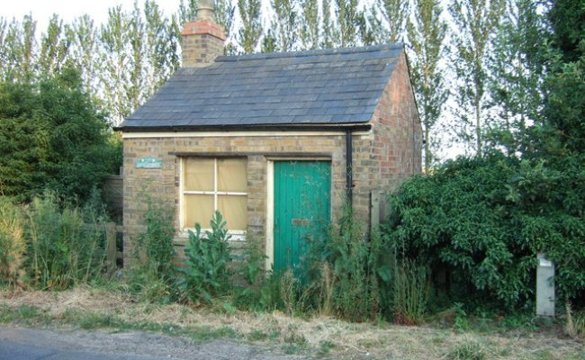 Is This The Smallest House In The Uk Richard Humphrey