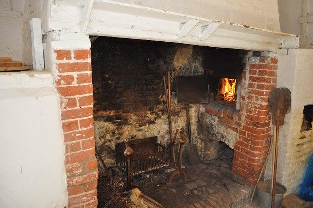 17th Century Bread Oven  Ashley Dace ccbysa20