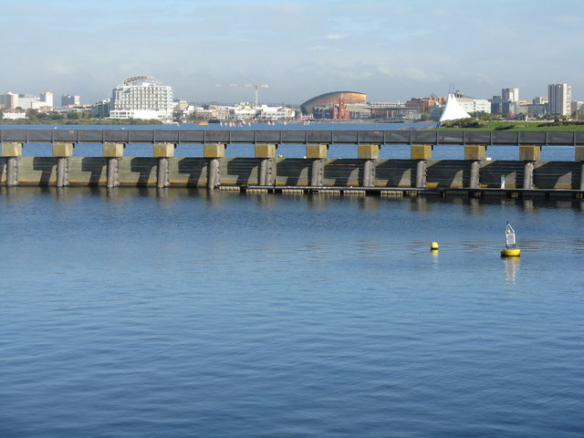 Cardiff Bay Barrage  M J Richardson ccbysa20  Geograph Britain and Ireland