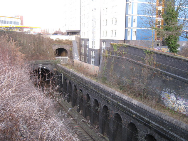 Railway Cutting Five Ways 169 Michael Westley Cc By Sa 2 0