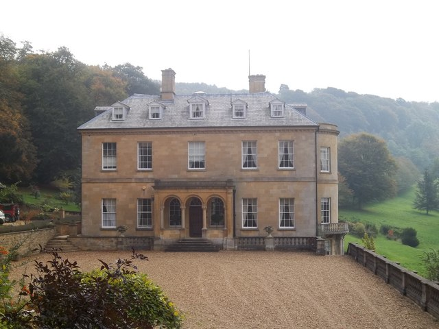 Middle Hill House  Michael Dibb ccbysa20  Geograph