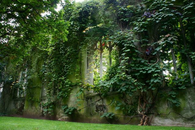 St Dunstan In The East Church Garden 169 Peter Trimming