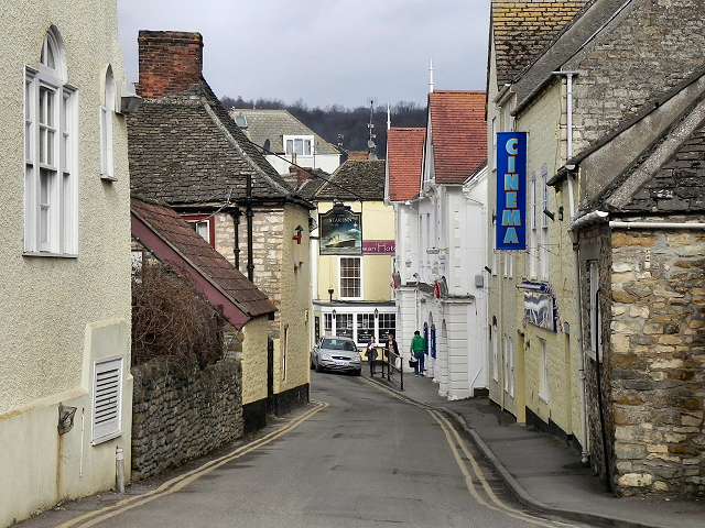 Market Street, Wotton under Edge © David Dixon cc-by-sa/2.0