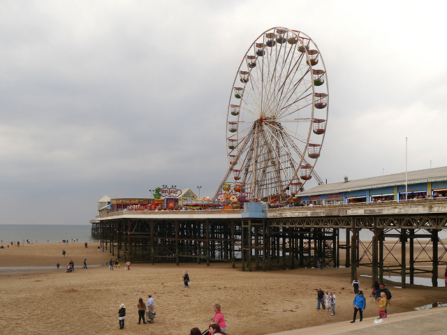 Blackpool Central Pier  David Dixon ccbysa20  Geograph Britain and Ireland