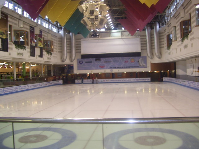 East Kilbride Ice Rink  Ross Watson ccbysa20  Geograph Britain and Ireland
