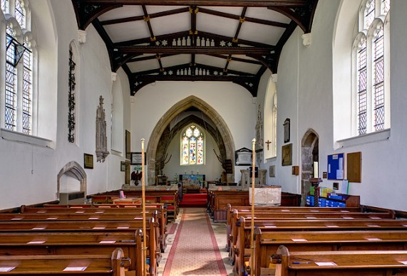 St Swithun's church interior, Hempsted © Mike Searle :: Geograph