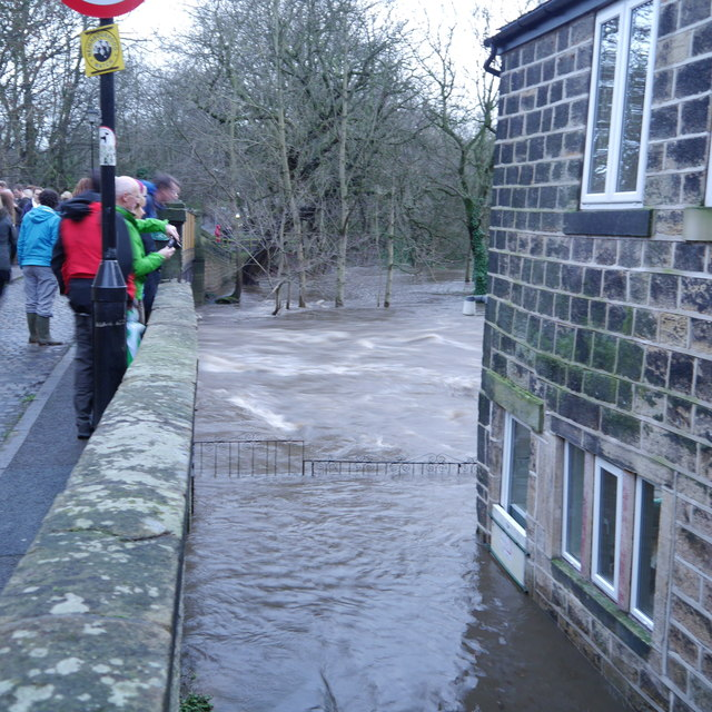 Extreme flood on the River Aire from  Rich Tea  Geograph Britain and Ireland