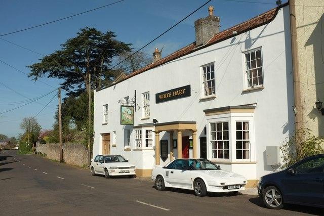 White Hart Inn Cross  Derek Harper  Geograph Britain