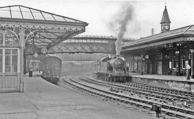 Bishop Auckland Station With Sunderland Walter Dendy