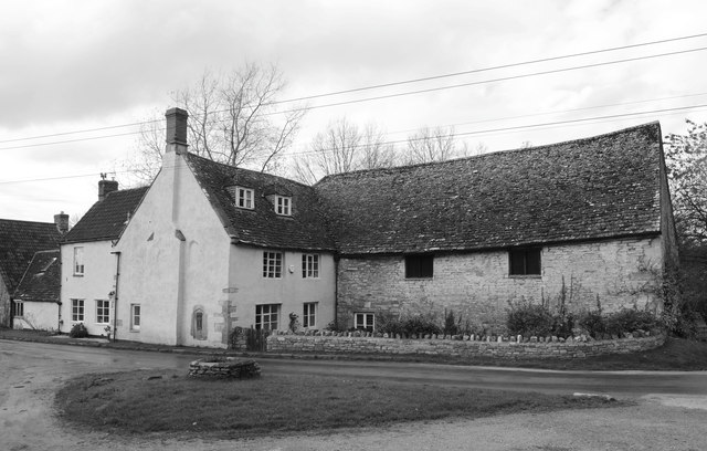 Church Farmhouse, Hawkesbury, © Ray Bird cc-by-sa/2.0