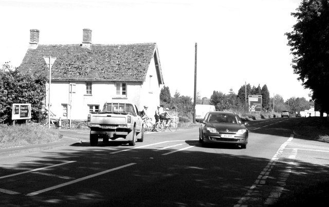 A46 Dunkirk X-Roads, nr Hawkesbury © Ray Bird :: Geograph