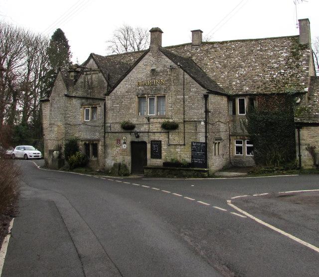 Grade II (star) listed Bear Inn, Bisley © Jaggery :: Geograph
