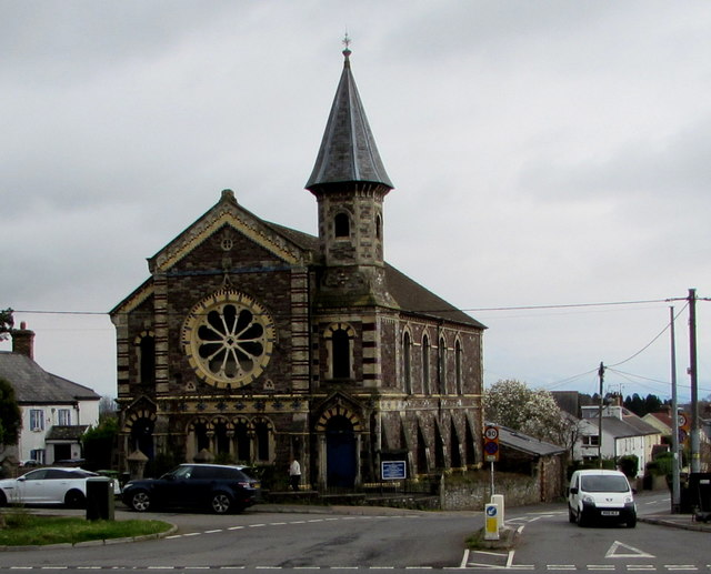Grade Ii Listed Former Castleton Baptist © Jaggery  Geograph Britain And Ireland