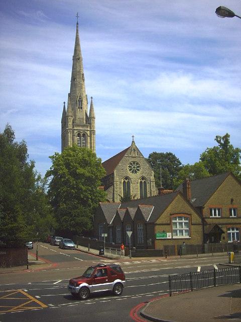Holy Trinity Church, Roehampton © Noel Foster cc-by-sa/2.0