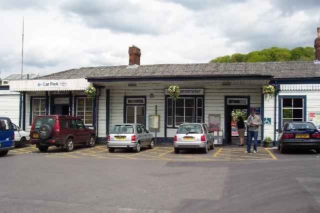Warminster railway station