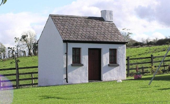 Small House Kenneth Allen Geograph Ireland
