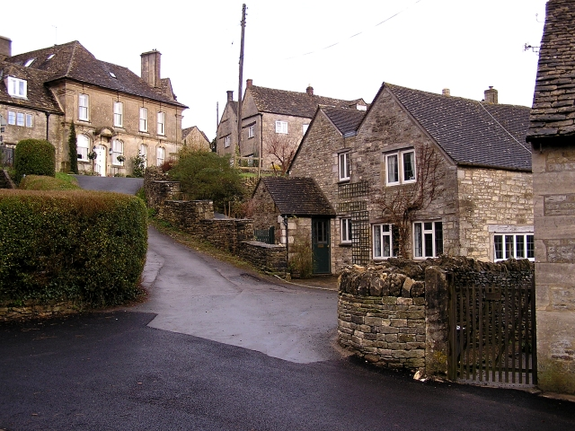 Bisley, The Cotswolds © Stuart Wilding cc-by-sa/2.0 :: Geograph