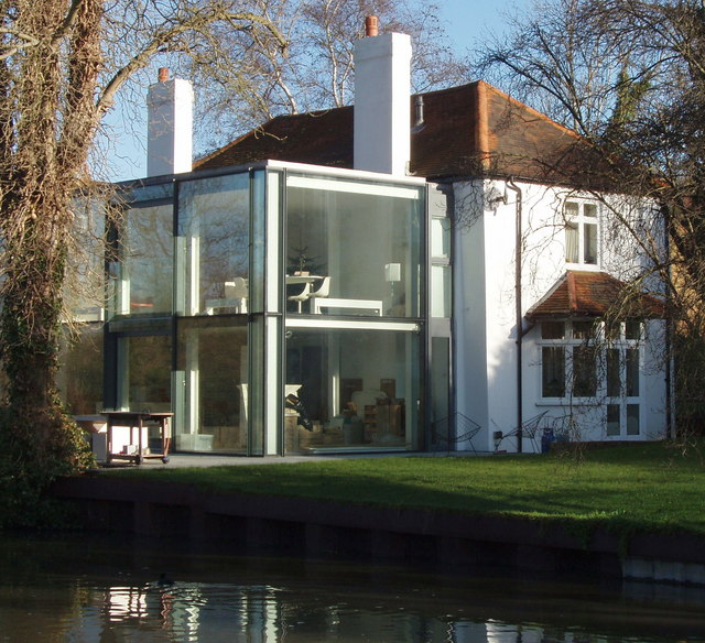 House By Canal With Modern Extension David Hawgood