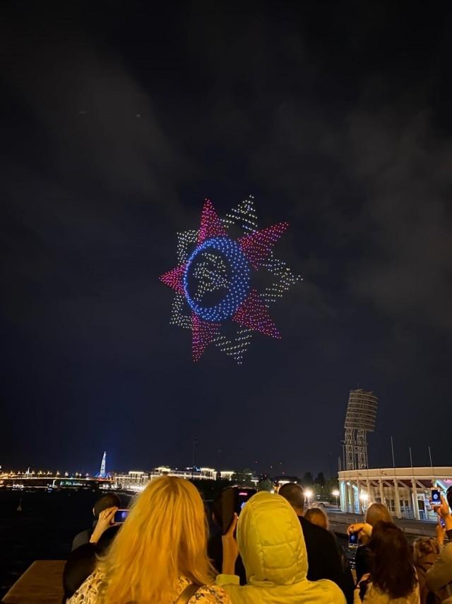 На шоу дронов в Петербурге побит мировой рекорд по количеству беспилотников в небе