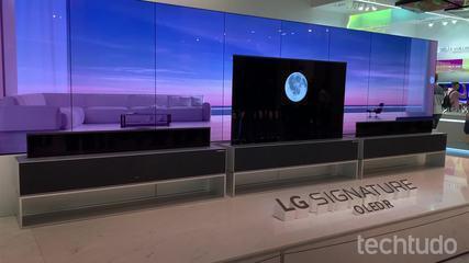 Testamos a LG Signature OLED R, smart TV enrolável que some da sua sala