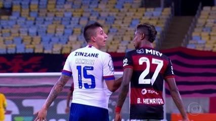 Laudo aponta injúria racial de Ramírez. Especialista vê ofensa xenófoba de Bruno Henrique