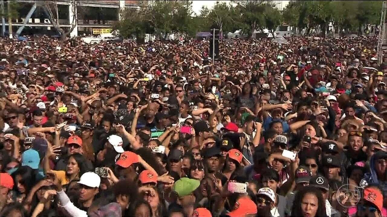 Festas pelo dia do trabalho reúnem milhares de pessoas na capital