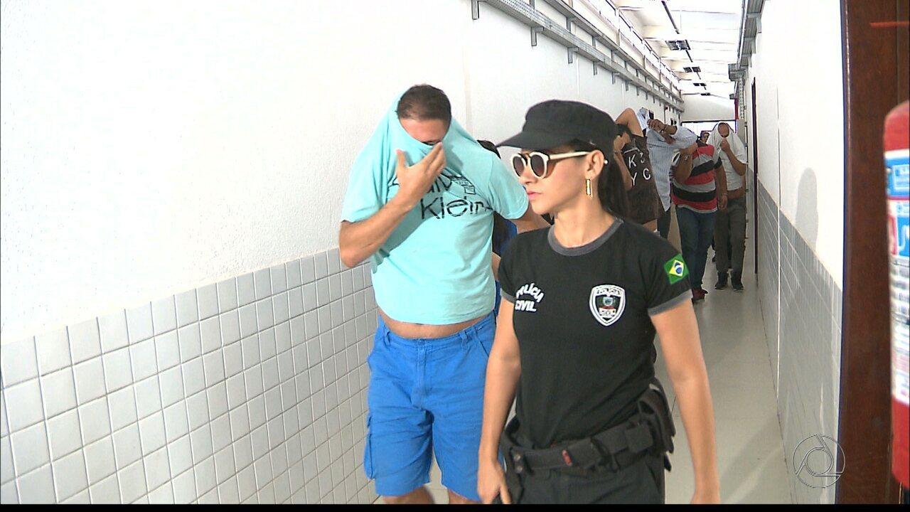 Casal de PMs presos na Operação Gabarito vão responder processo em liberdade