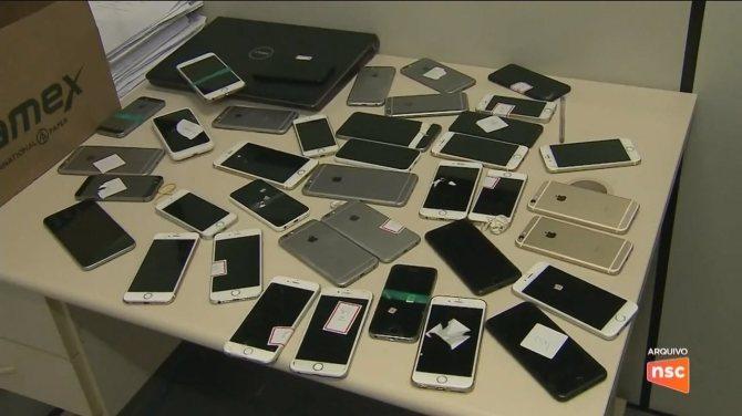 Operação prende suspeitos de envolvimento em furtos de celulares em micareta na capital
