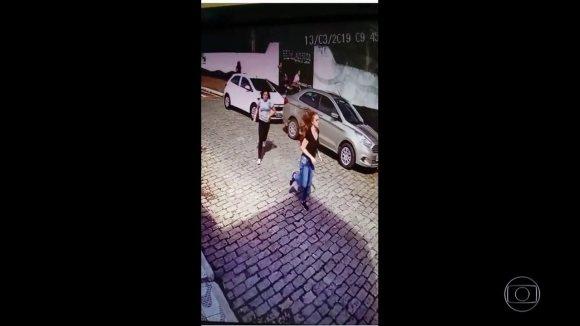 Imagens mostram carro usado pelos criminosos para o ataque a escola em Suzano