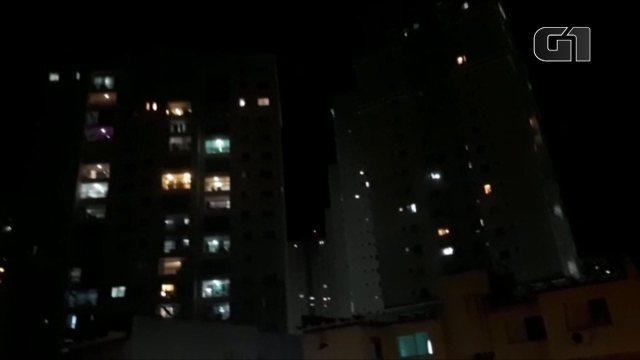 VÍDEO: Vários de Salvador registram 'panelaços' contra o presidente Bolsonaro