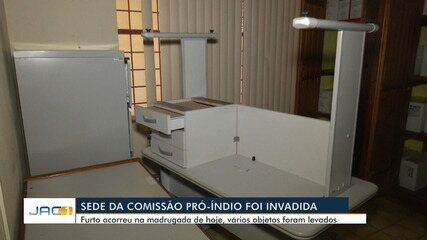 Sede da Comissão Pró-Índio é invadida e equipamentos são levados em Rio Branco