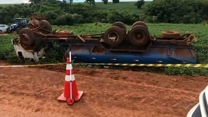 Crianças mortas em acidente com caminhão-pipa são enterradas em Salto Grande