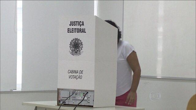 3721813 - JÁ TERMINOU A VOTAÇÃO: Brasileiros votaram na Austrália, Nova Zelândia e Japão