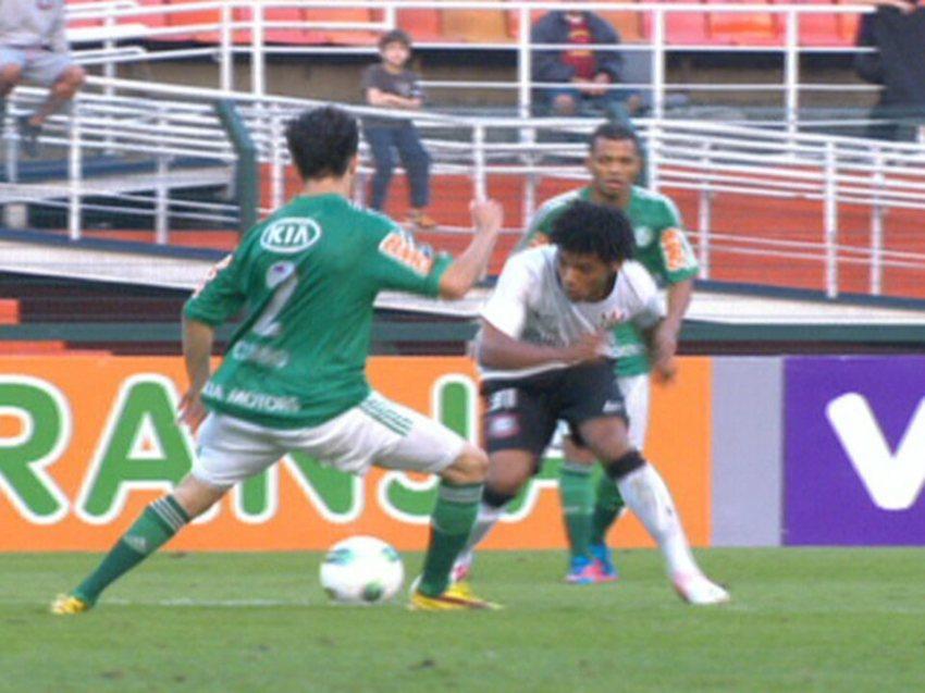 Com o time reserva, Corinthians bate o Palmeiras no Pacaembu
