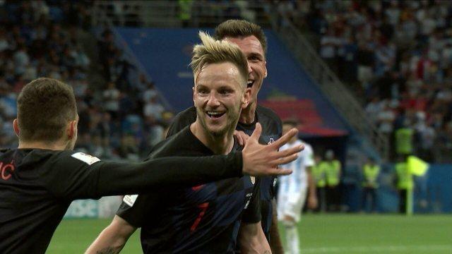 Rakitic marcou o terceiro gol na vitória contra a Argentina, na primeira fase