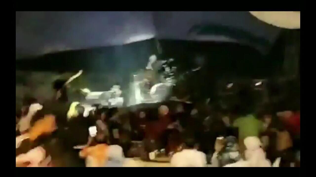 Tsunami na Indonésia: integrantes da banda Seventeen permanecem desaparecidos