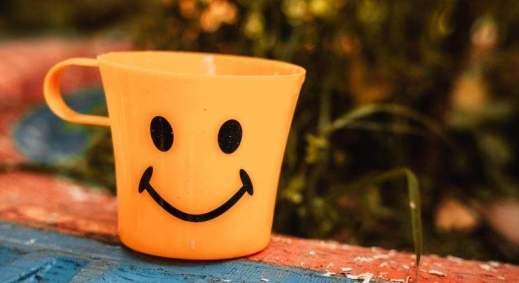 Una persona sonriente no siempre es feliz, según un estudio - EcoDiario.es