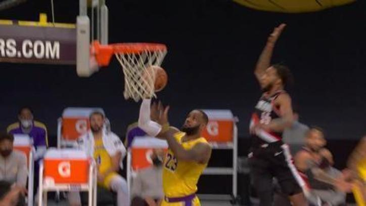 Veja o top 10 de jogadas da noite desta segunda na NBA