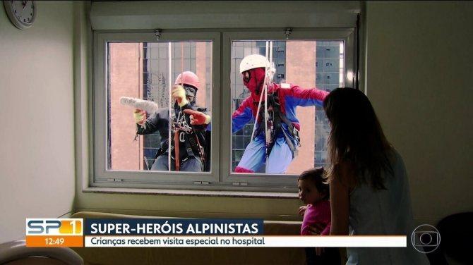 Crianças do Hospital Sabará recebem visitas super especiais