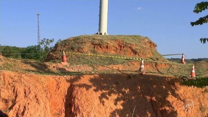Ossada é encontrada dentro de mastro no ginásio de Araçariguama, diz Guarda