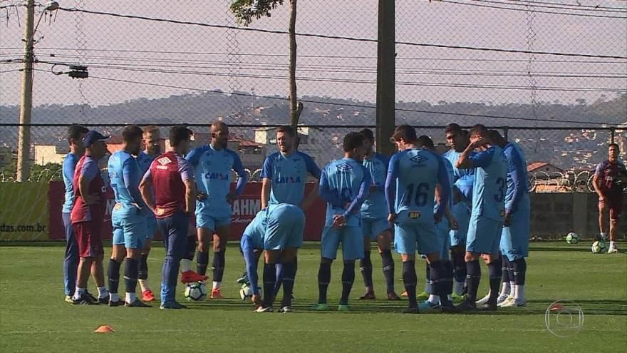 Pontaria preocupa, e o Cruzeiro trabalha para melhorar o desempenho do ataqiue do time