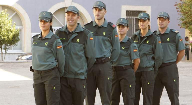 guardia-civil-uniformes-770.jpg