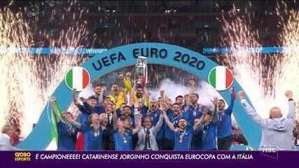 Santa Catarina Jorginho wins the Euro Cup with the Italian shirt