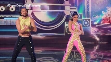 Rodrigo Simas and Nathália Ramos dance funk