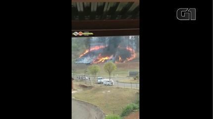 Plane crashes in forest area in Piracicaba