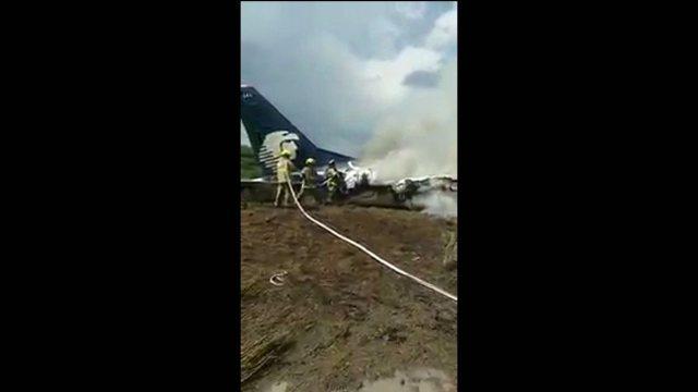 Avião cai em Durango, no México