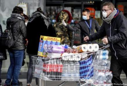 corona_910778697 تقرير :  إعلامية تحذر من خطر أشد من فيروس كورونا Actualités