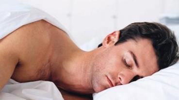 sleep_athlete_276057589 كثرة النوم في العطلات لا يكفي للوقاية من أضرار نقص عدد ساعات النوم المزيد